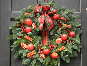 Masterclass - Rustic or Traditional Christmas Wreath - West Horsley